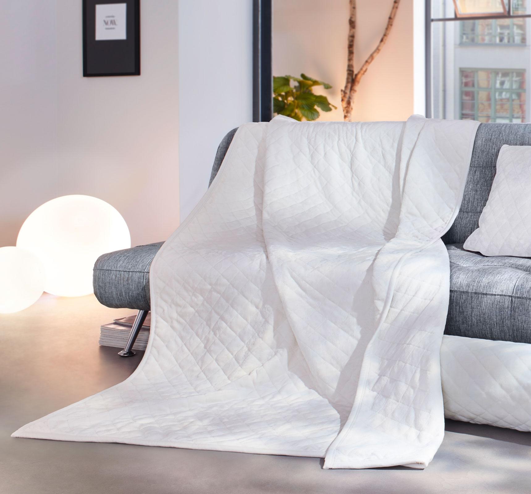 Wohndecken und Kissen - Gözze Wohndecke gesteppt 150x200 creme Duftset  - Onlineshop PremiumShop321