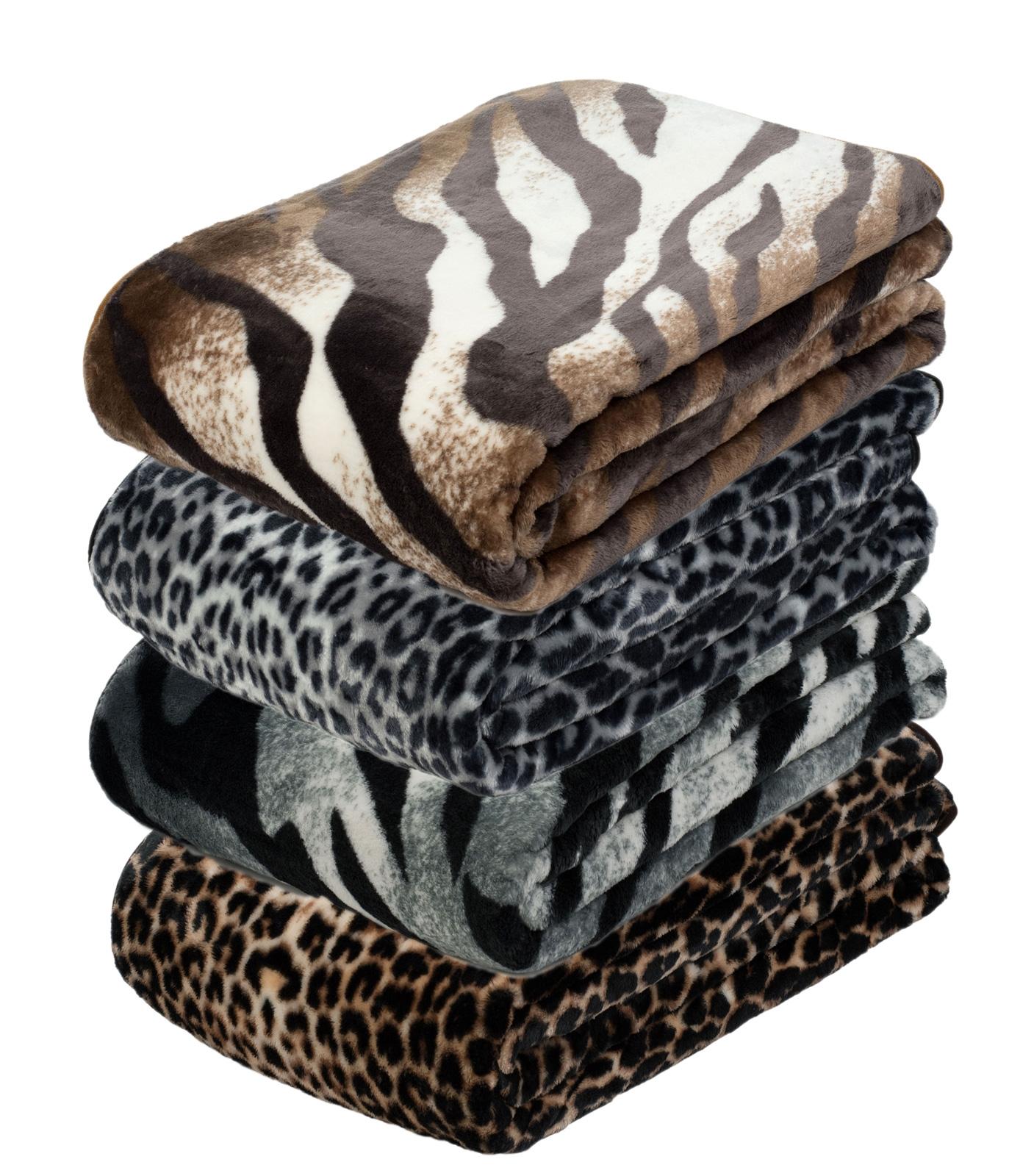 Wohndecken und Kissen - Gözze Wohndecke und Kuscheldecke Cashmere Feeling Felloptik Komfortgröße 150x200 cm  - Onlineshop PremiumShop321