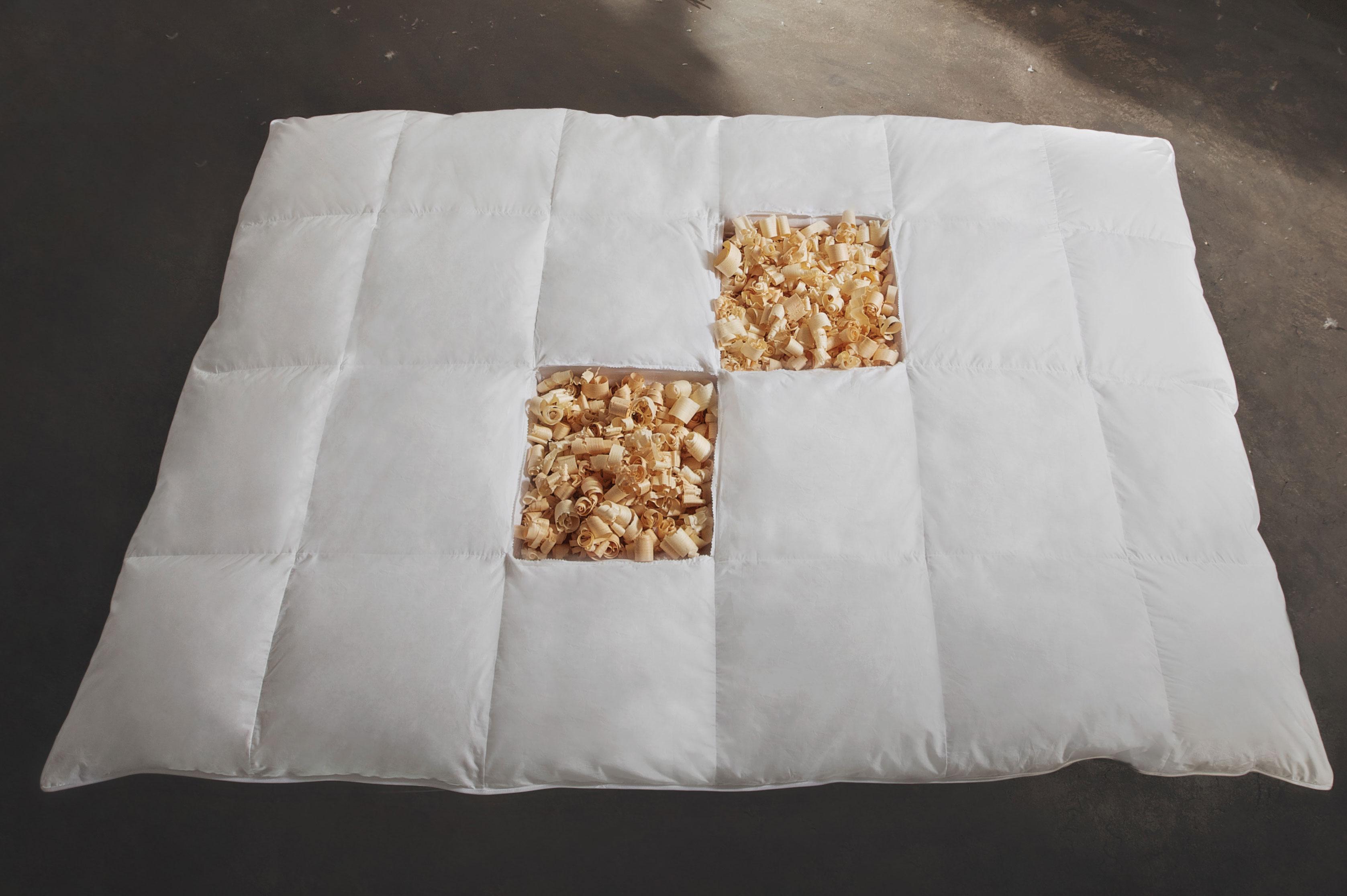 Bettdecken und Kopfkissen - Zirben Daunen Bettdecke Ganzjahresbett warm 155x220 Hermetic® Zirbe  - Onlineshop PremiumShop321